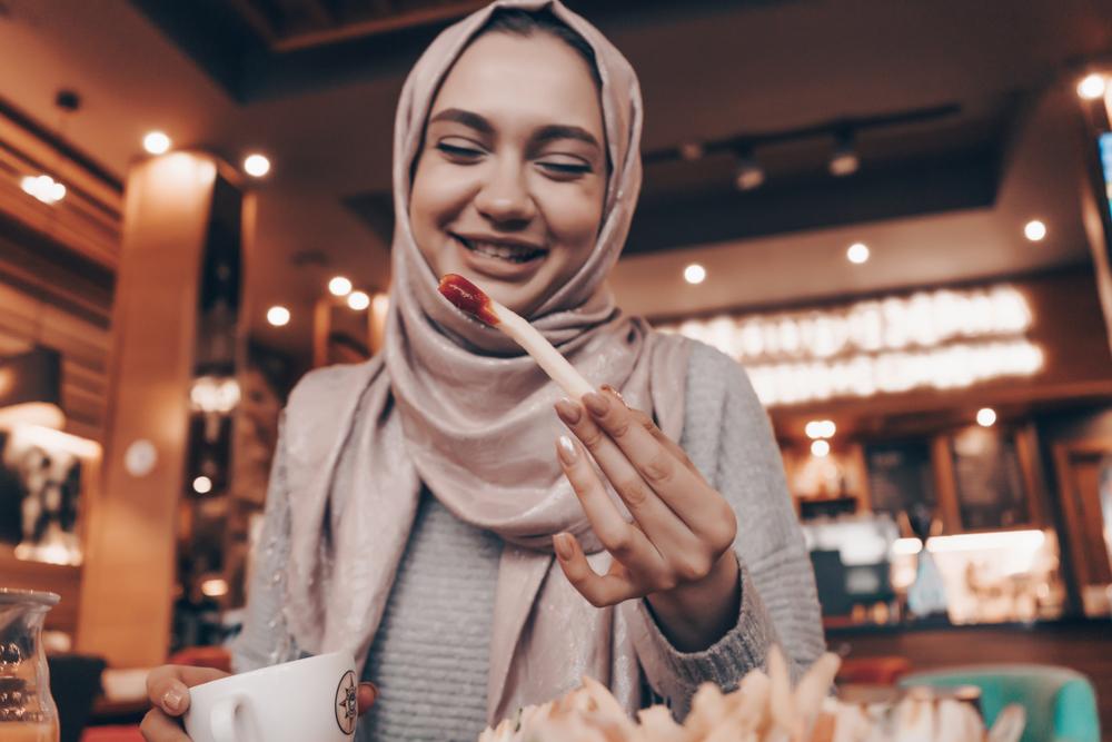 Mencicipi Makanan Membatalkan Puasa