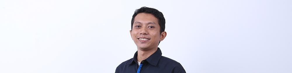 Bapak Sugeng, Mantan Supervisor yang Beralih Jadi Pahlawan Kebersihan