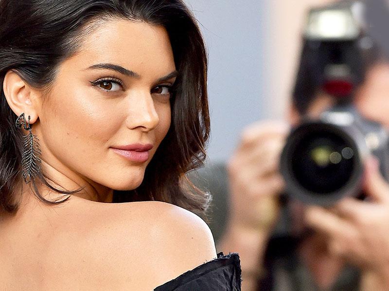 5 Cara Tampil Cantik Ala Kendall Jenner Dengan Budget 200 Ribu!